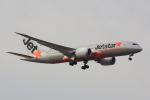 こだしさんが、成田国際空港で撮影したジェットスター 787-8 Dreamlinerの航空フォト(写真)