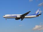 きゅうさんが、成田国際空港で撮影した全日空 767-381/ERの航空フォト(写真)