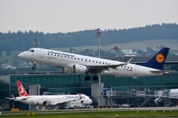 kansai-spotterさんが、チューリッヒ空港で撮影したルフトハンザ・シティライン ERJ-190-100 LR (ERJ-190LR)の航空フォト(写真)