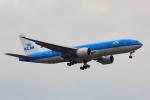 こだしさんが、成田国際空港で撮影したKLMオランダ航空 777-206/ERの航空フォト(写真)