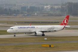 pringlesさんが、チューリッヒ空港で撮影したターキッシュ・エアラインズ A321-231の航空フォト(写真)