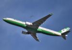 雲霧さんが、成田国際空港で撮影したエバー航空 A330-302の航空フォト(写真)