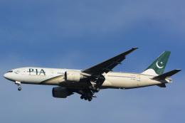 banshee02さんが、成田国際空港で撮影したパキスタン国際航空 777-240/ERの航空フォト(写真)