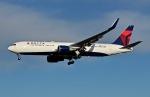 柏の子?さんが、成田国際空港で撮影したデルタ航空 767-332/ERの航空フォト(写真)