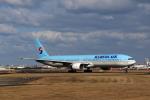MOHICANさんが、福岡空港で撮影した大韓航空 777-3B5の航空フォト(写真)