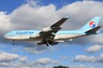 スターアライアンスKMJ H・Rさんが、福岡空港で撮影した大韓航空 747-4B5の航空フォト(写真)