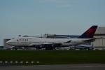 よしポンさんが、成田国際空港で撮影したデルタ航空 747-451の航空フォト(写真)