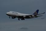 よしポンさんが、成田国際空港で撮影したユナイテッド航空 747-422の航空フォト(写真)