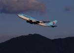 門ミフさんが、福岡空港で撮影した大韓航空 747-4B5の航空フォト(写真)