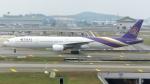 誘喜さんが、クアラルンプール国際空港で撮影したタイ国際航空 777-3D7の航空フォト(写真)