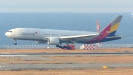 誘喜さんが、関西国際空港で撮影したアシアナ航空 777-28E/ERの航空フォト(写真)
