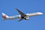 トロピカルさんが、成田国際空港で撮影した日本航空 777-346/ERの航空フォト(写真)