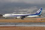 sumihan_2010さんが、伊丹空港で撮影した全日空 767-381の航空フォト(写真)