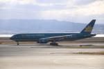 A350XWB-HNDさんが、関西国際空港で撮影したベトナム航空 777-26K/ERの航空フォト(写真)
