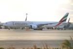 A350XWB-HNDさんが、関西国際空港で撮影したエミレーツ航空 777-31H/ERの航空フォト(写真)