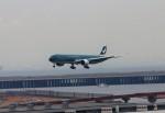 青春の1ページさんが、羽田空港で撮影したキャセイパシフィック航空 777-367/ERの航空フォト(写真)