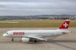 安芸あすかさんが、チューリッヒ空港で撮影したスイスインターナショナルエアラインズ A320-214の航空フォト(写真)