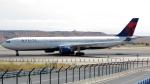 誘喜さんが、マドリード・バラハス国際空港で撮影したデルタ航空 A330-323Xの航空フォト(写真)