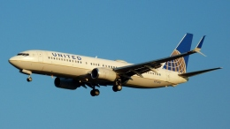 Bluewingさんが、成田国際空港で撮影したユナイテッド航空 737-824の航空フォト(写真)
