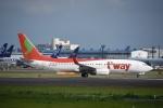 よしポンさんが、成田国際空港で撮影したティーウェイ航空 737-8Q8の航空フォト(写真)