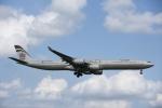 よしポンさんが、成田国際空港で撮影したエティハド航空 A340-642Xの航空フォト(写真)