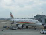 JA8037さんが、杭州蕭山国際空港で撮影したチベット航空 A319-115の航空フォト(写真)