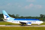 菊池 正人さんが、ジュネーヴ・コアントラン国際空港で撮影したエストニアン・エア 737-5Q8の航空フォト(写真)
