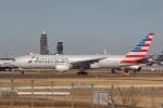 YASKYさんが、成田国際空港で撮影したアメリカン航空 777-223/ERの航空フォト(写真)