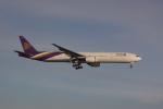 しかばねさんが、スワンナプーム国際空港で撮影したタイ国際航空 777-3D7の航空フォト(写真)