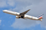 トロピカルさんが、成田国際空港で撮影したエールフランス航空 777-328/ERの航空フォト(写真)