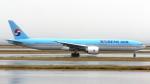 誘喜さんが、関西国際空港で撮影した大韓航空 777-3B5/ERの航空フォト(写真)