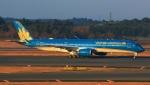 Keitaroさんが、成田国際空港で撮影したベトナム航空 A350-941XWBの航空フォト(写真)