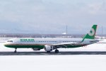 kitayocchiさんが、新千歳空港で撮影したエバー航空 A321-211の航空フォト(写真)