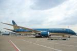 安芸あすかさんが、タンソンニャット国際空港で撮影したベトナム航空 787-9の航空フォト(写真)