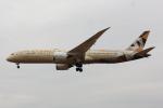 こだしさんが、成田国際空港で撮影したエティハド航空 787-9の航空フォト(写真)