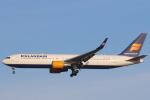 安芸あすかさんが、ロンドン・ヒースロー空港で撮影したアイスランド航空 767-319/ERの航空フォト(写真)