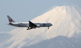 planetさんが、羽田空港で撮影した日本航空 777-246の航空フォト(写真)