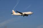 Eggersさんが、ロンドン・ヒースロー空港で撮影したイベリア・エクスプレス A320-214の航空フォト(写真)