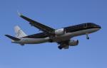 MOHICANさんが、福岡空港で撮影したスターフライヤー A320-214の航空フォト(写真)
