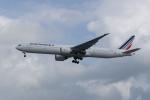 かずまっくすさんが、シンガポール・チャンギ国際空港で撮影したエールフランス航空 777-328/ERの航空フォト(写真)
