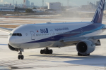 Koenig117さんが、伊丹空港で撮影した全日空 777-281の航空フォト(写真)