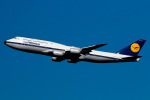 sunagimoさんが、羽田空港で撮影したルフトハンザドイツ航空 747-830の航空フォト(写真)