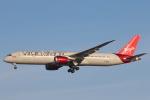 安芸あすかさんが、ロンドン・ヒースロー空港で撮影したヴァージン・アトランティック航空 787-9の航空フォト(写真)