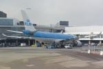 panchiさんが、アムステルダム・スキポール国際空港で撮影したKLMオランダ航空 A330-203の航空フォト(写真)