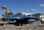 チャーリーマイクさんが、那覇空港で撮影した航空自衛隊 F-2Bの航空フォト(写真)