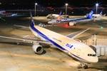 Keitaroさんが、羽田空港で撮影した全日空 777-381の航空フォト(写真)
