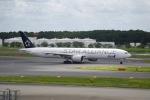 北陸の人。さんが、成田国際空港で撮影した全日空 777-381/ERの航空フォト(写真)