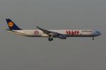 PASSENGERさんが、香港国際空港で撮影したルフトハンザドイツ航空 A340-642の航空フォト(写真)