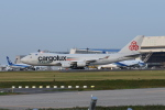 Timothyさんが、成田国際空港で撮影したカーゴルクス・イタリア 747-4R7F/SCDの航空フォト(写真)