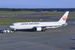 中村 昌寛さんが、新千歳空港で撮影した日本航空 767-346/ERの航空フォト(写真)